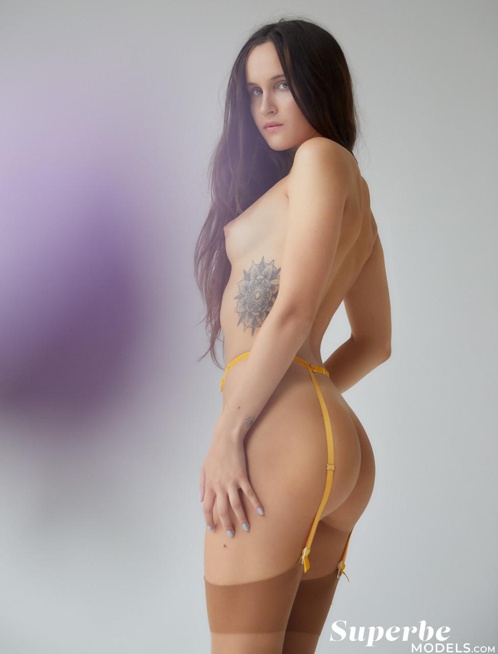 Superbe Models Brianna Wolf