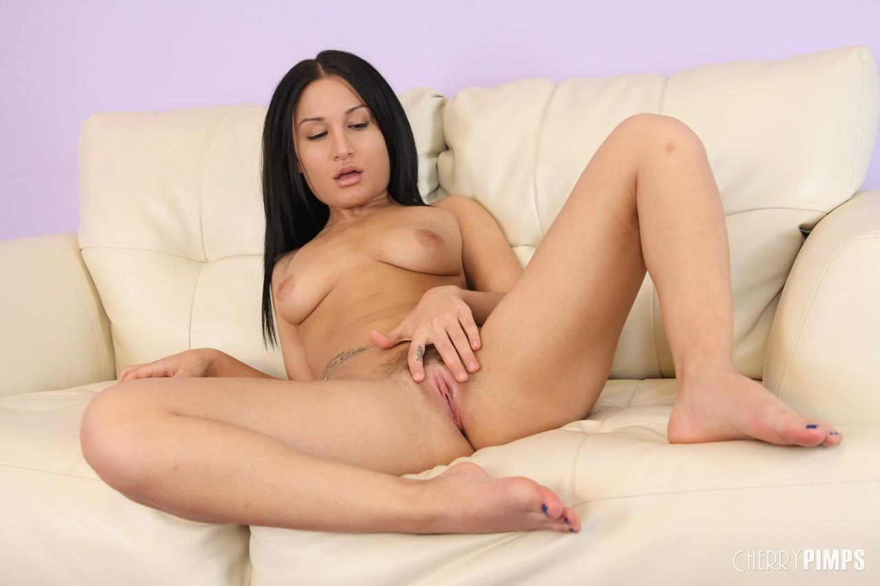 Cherry Pimps Gabriella Paltrova