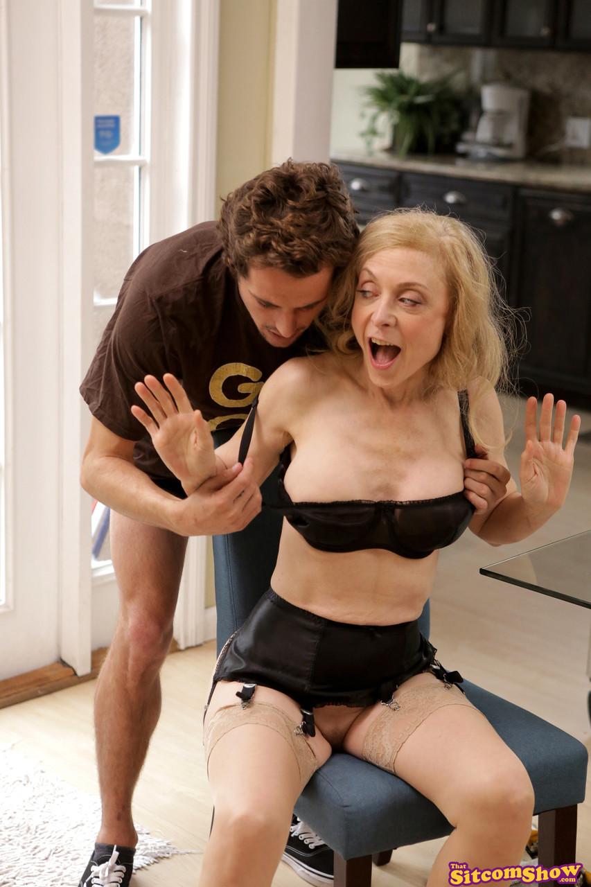 That Sitcom Show Nina Hartley