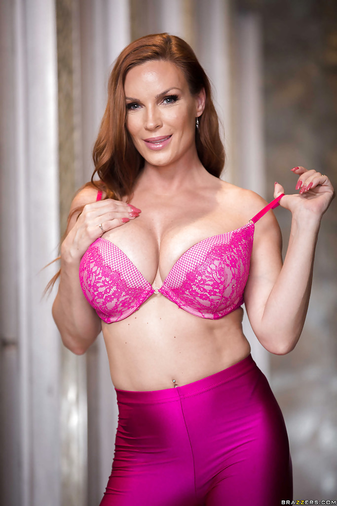 ... Redhead housewife Diamond Foxxx baring big tits in yoga pants for babe  pics ...