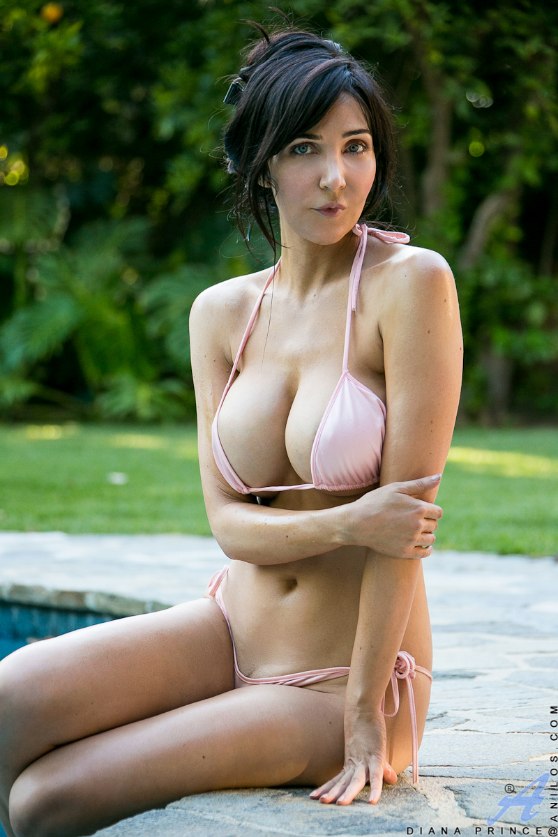 ... Brunette babe frees large MILF juggs from bikini outdoors by swimming  pool ...