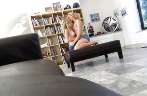 Lesbians teens Mandy Armani and Molly Bennett fucks in 69 pose