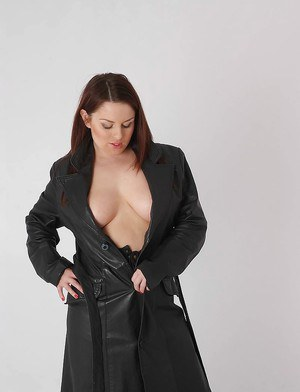 Busty solo babe Candi opening flashing nice melons underneath leather coat
