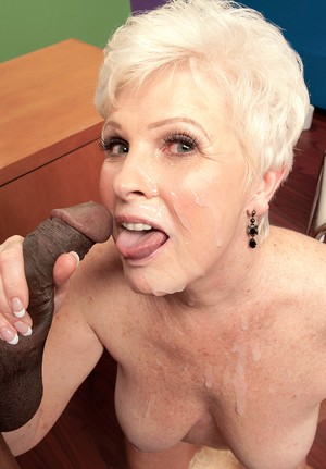 Mature sex therapist cant resist having sex with a hung black male