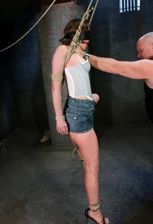 Bald master hanged skinny small-tittied teen Amber Rayne with ropes