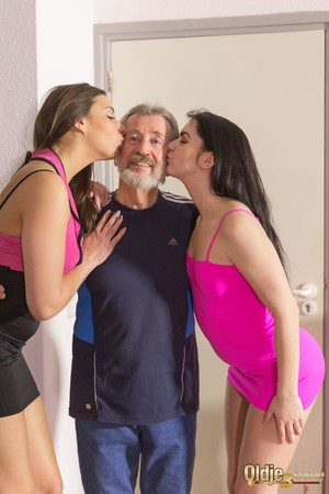 Slender white girls Carla Crouz & Kittina Ivory pleasure their sugar daddy
