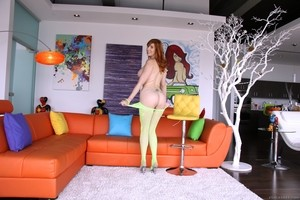 Stunning redhead Lauren Phillips shows perfect curves while waiting for lover
