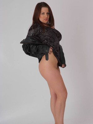 Solo model removes leather jacket before revealing shes wearing no panties