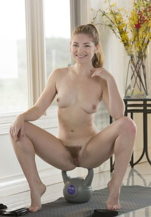 Teen sports babe Misty Lovelace would rather build her muscles in the nude