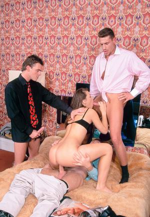 Brunette slut Suzy Q does a DP during a gangbang in hopes of being a star