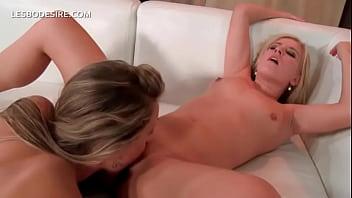 Licking Feucht Lesbisch Muschi ❤️ Lesbian