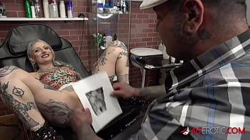 River Dawn Ink sucks cock after her new pussy tattoo