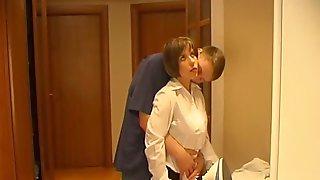 latina-motel-maid-sex-bisexual-garden-hos