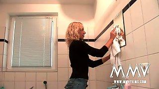 MMV Films German Amateur Couple Sex In The Bathroom