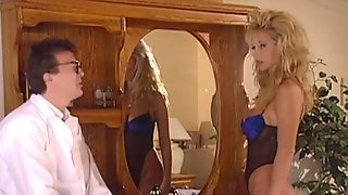 Threesome Sex With Two Horny Babes In Vintage Clip