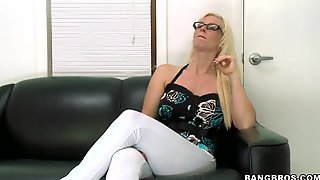 Blonde MAMA Sits On The Sofa For Her First Interview