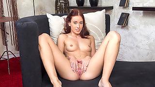 Minnie Magna In Sexy Brunette