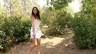 Amazing Lorena Show Pussy