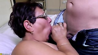 Mature Sperm Slut Mother Suck And Fuck Young Lover