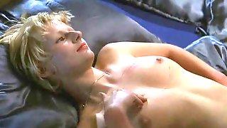 Annett Renneberg - Devot