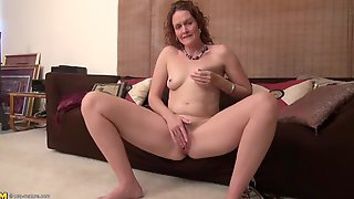 Cute Curly Hair Milf Gives Her Clit A Good Rubbing