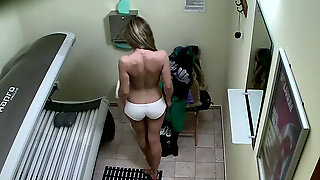 Hidden Camera Caught Hairy Pussy Of One Czech Chick In Solarium