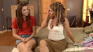 Bobbi Starr & Kelly Leigh In Lesbian Seductions #16, Scene #03