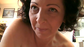 Hairy Brunette Mom Would Love To Be Banged Like In Her Teen Ages