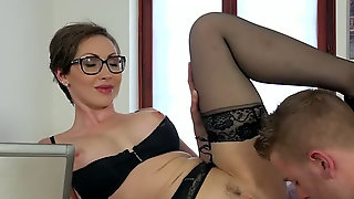 Buxom Black Haired Mommy In Glasses Yasmin Scott Sucks Her Boss Off In The Office