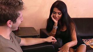 Foxy Brunette Jessica Jaymes Flirts With Freshie