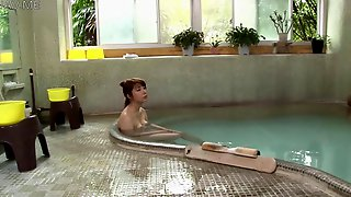 Beautiful Wife That Remains Is Left In Mixed Bathing Video Movie 1