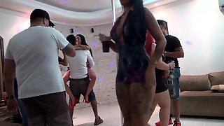 Festinha Prive Acaba Em Suruba