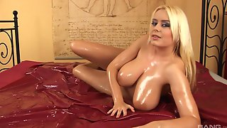 Shes Called Pamela Blond And She Knows What To Do With A Boner