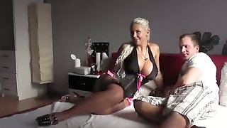Having A Wild Sex With An Expensive Escort On Webcam