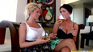Sweet Brooke Haven And Her Horny GF Go Hardcore In A FFM