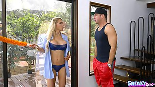 Alix Lynx Dolls Up In Order To Seduce A Handsome Fellow