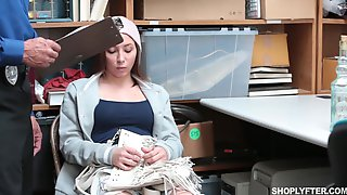 ShopLyfter Case 8659125 Hayden Hennessy Caught For Smuggling