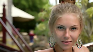 Stunning Russian With Natural Body & Blonde Hair Krystal Boyd