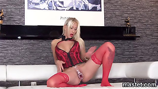 Unusual Czech Nympho Gapes Her Tight Hole To The Bizarr