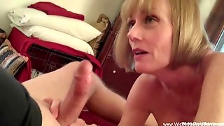 MILF Cant Help Herself