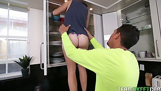 Short Haired Hottie Mickey Reise Loves To Fuck In The Kitchen