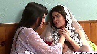Hot Milf Lesbian Mercedes Carrera Licks Vanessas Clit