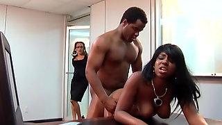 kontor ebony porno hardcore fucking med store dicks