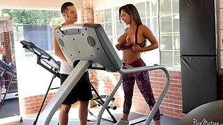 Fabulous Reena Sky Gets Pounded By Her Personal Trainer
