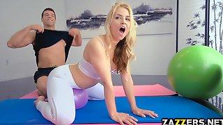 Anal Sex i yoga bukser