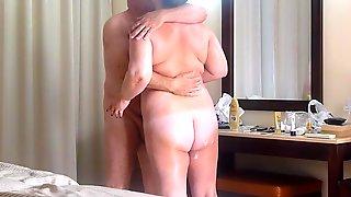 Mature Couple Fuck On Holiday