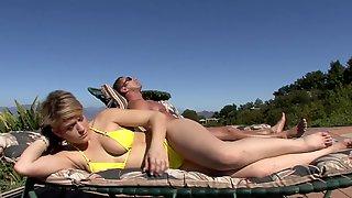 Horny Slut With Bouncy Tits Properly Fucked On The Sofa
