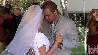 Nicole Ray Wedding Dress Fuck