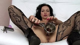 Bizzare Fetish With Sleazy Babe In Pantyhose
