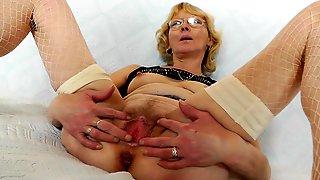 Solo Masturbation By Euro Granny